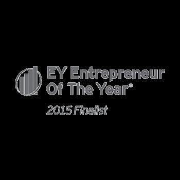 總裁Chris Bradford和執行長Kevin Wang被 評選為「安永企業家獎」的決賽入圍者,兩位都因努力不懈和商業創新而雀屏中選