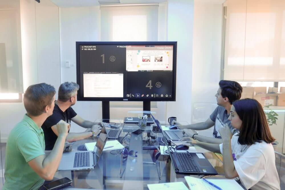 Business discussion with interactive during meeting