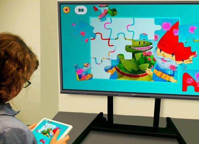 Beneficios del uso de monitores interactivos en el aula