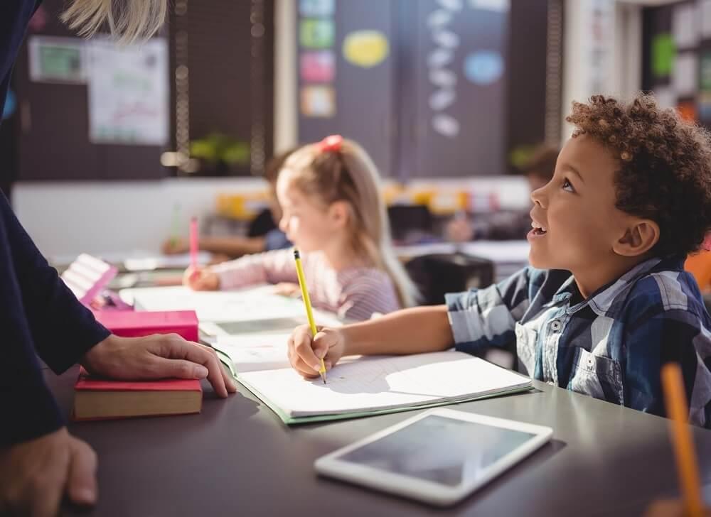 Educación híbrida: así se preparan los centros educativos